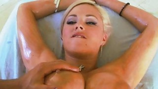 Babe gets a wet spunk fountain delight_after sex thumb