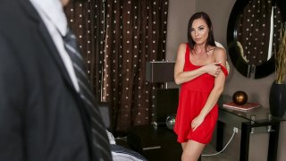 Porn queen Aidra Fox gets obliderated by huge dick thumb