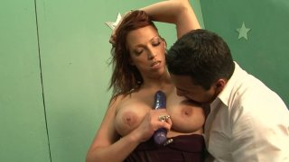 Curvy brunette MILF Nicki Hunter gives head and gets her pussy licked thumb