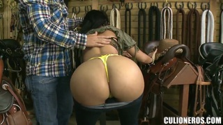 Natasha shows her huge boobs and her bubble butt to the shop owner thumb