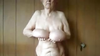 Granny Shows Off Her Saggy Breasts thumb