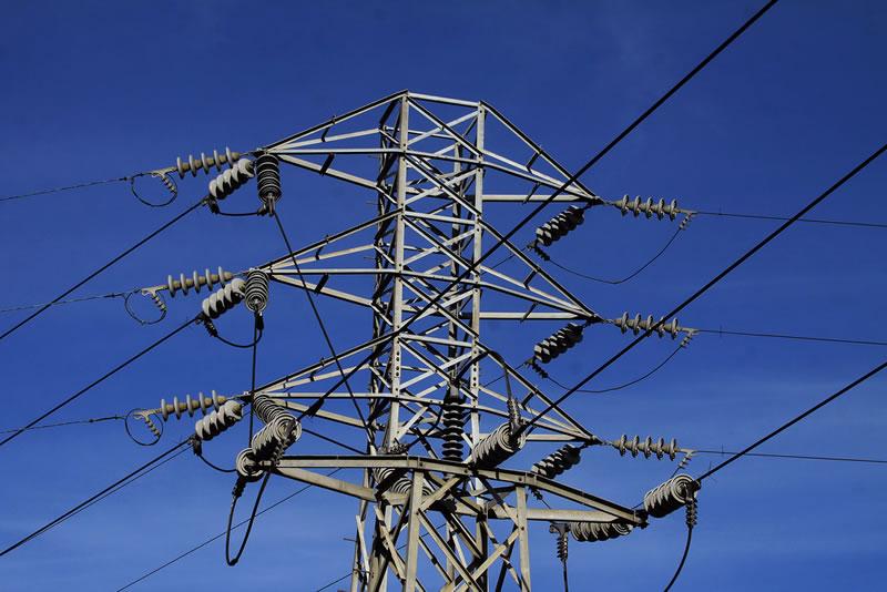 Crean en IPN aislante que transmite electricidad de forma segura en conexiones eléctricas de alta tensión - aislante-que-transmite-electricidad-ipn