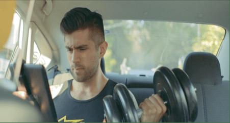 Easy Taxi crea Kiosko Digital, experiencia informativa diferente durante el trayecto en taxi - kiosko-digital-easytaxi