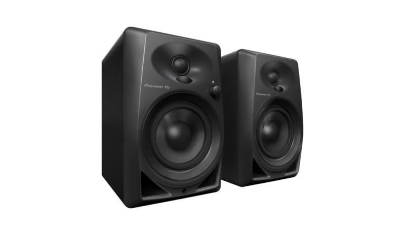 Nuevos monitores de escritorio DM-40 de Pioneer DJ, ya disponibles en México - dm-40_set_low_0328