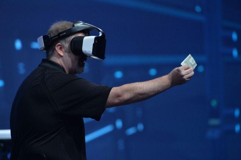 Project Alloy: Intel entra al mundo de la Realidad Virtual - alloy-demo-small