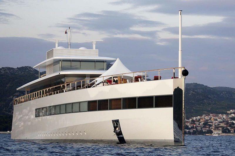 Desvelan invento póstumo de Steve Jobs: un yate inteligente - barco-jobs-800x533