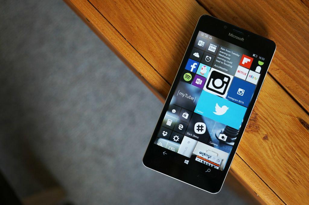 Windows 10 Mobile Anniversary Update ya disponible - windows-10-mobile