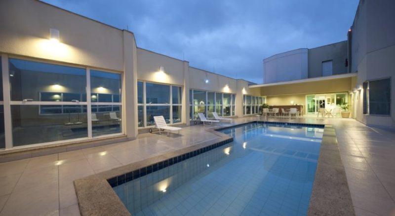 Top 10 hoteles 5 estrellas más baratos de Latinoamérica - sheraton-vitoria-800x438