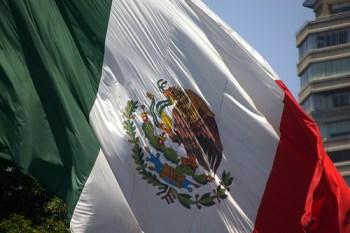 México tiene potencial para ser país desarrollado: Canacintra - bandera-mexicana