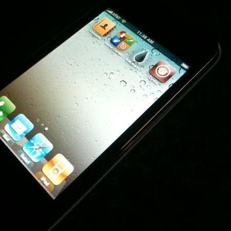 Jailbreak y Unlock del iPhone 4 por el Dev-Team - os4-0