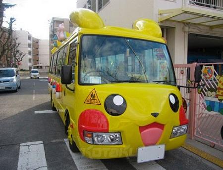 Coches en forma de Pikachu 2 Coches en forma de Pikachu