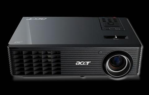 Proyectores Acer con tecnología 3D - X1261-01-3D