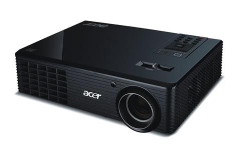 X1261 02 Proyectores Acer con tecnología 3D