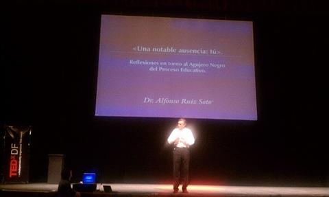 TEDxDF 2010 Reseña - tedxdf-2010-alfonso-ruiz-soto