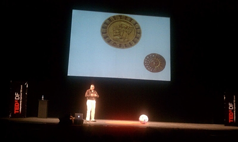 TEDxDF 2010 Reseña - tedxdf-2010-rodrigo-valades