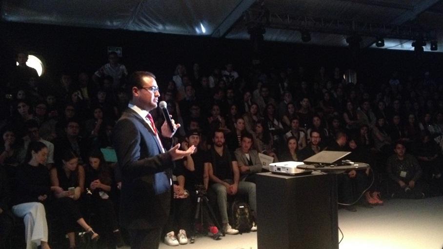 Canon y Fashion Week México presentaron Foro de Ideas - foro-de-ideas-canon-jorge-huerta