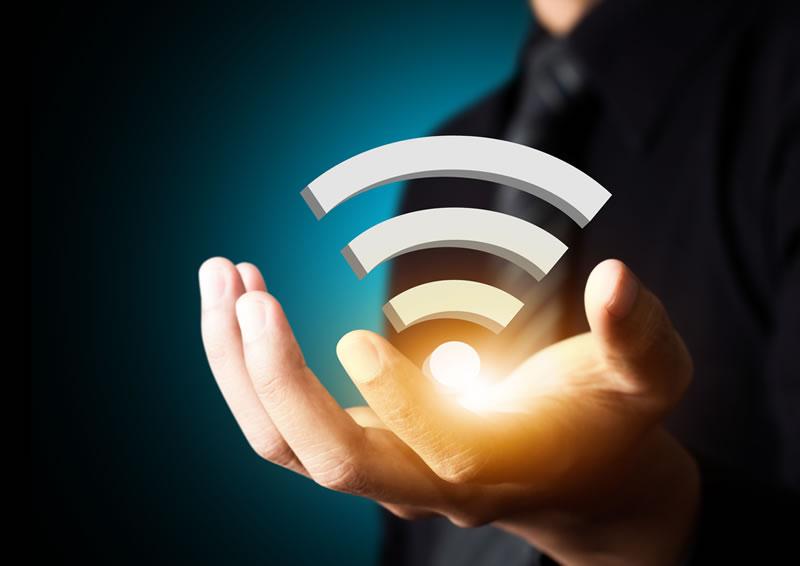 Mexicanos prefieren la TV y el Internet en paquete - mexicanos-wifi-y-tv-de-paga