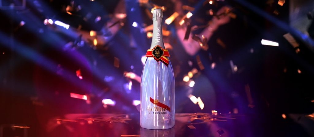 Primera Botella de Champagne Conectada de Manera Digital - primera-botella-de-champagne-conectada-de-manera-digital