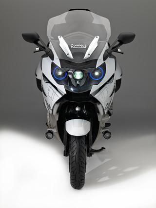 bmw luces laser para motos BMW presenta conceptos de luz láser para motocicleta y un casco con Head Up Display