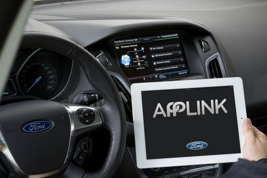 ford sync Ford añadirá soporte para Apple Car y Android Auto en sus vehículos