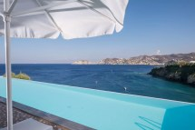 Superior Double Sea View Sharing Pool - Side Resort