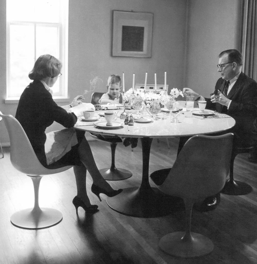 Knoll Tulip tafel Saarinen  WAUWSHOP Kortrijk