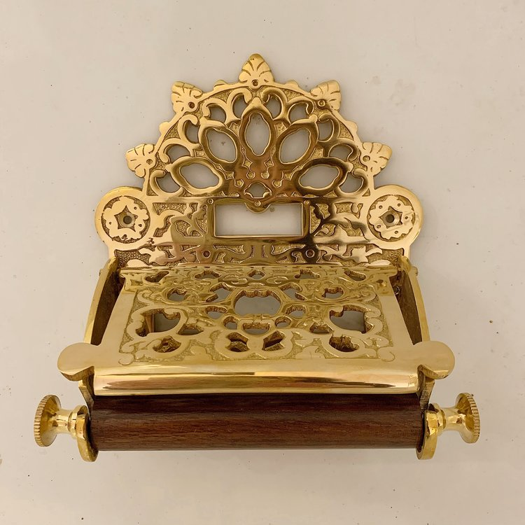 Ornate Toilet Paper Holder In Victorian Style In Brass Affaire D Eau