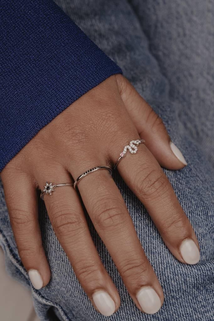 Ring Star : Black, Silver, World