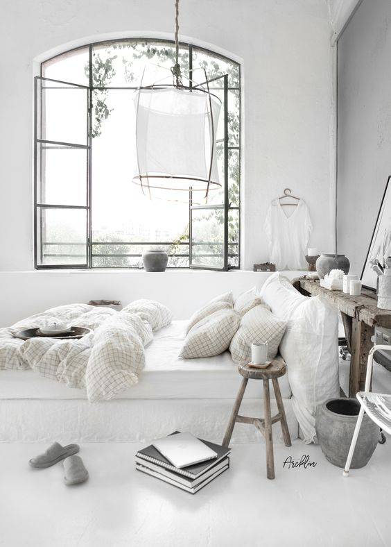 A bedroom style that is white and bright! spotted at ...