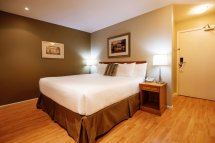 Harrison Hot Springs Hotels