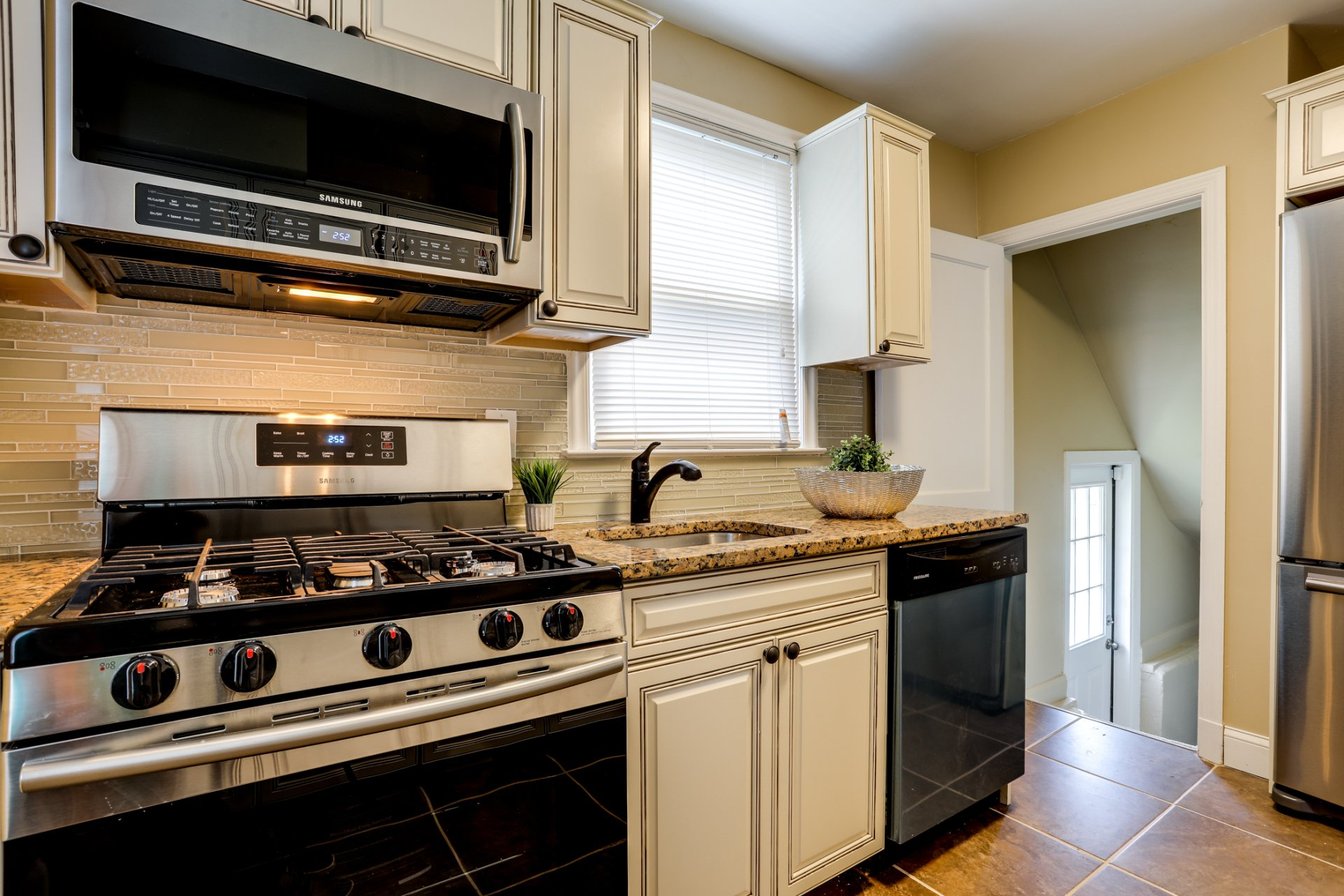 Kitchen Remodeling  Halethorpe MD  Dependable Home