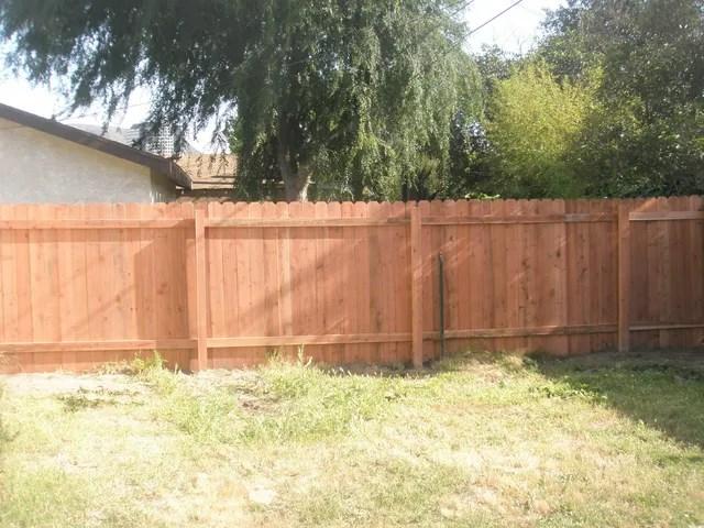 wood fences redwood or