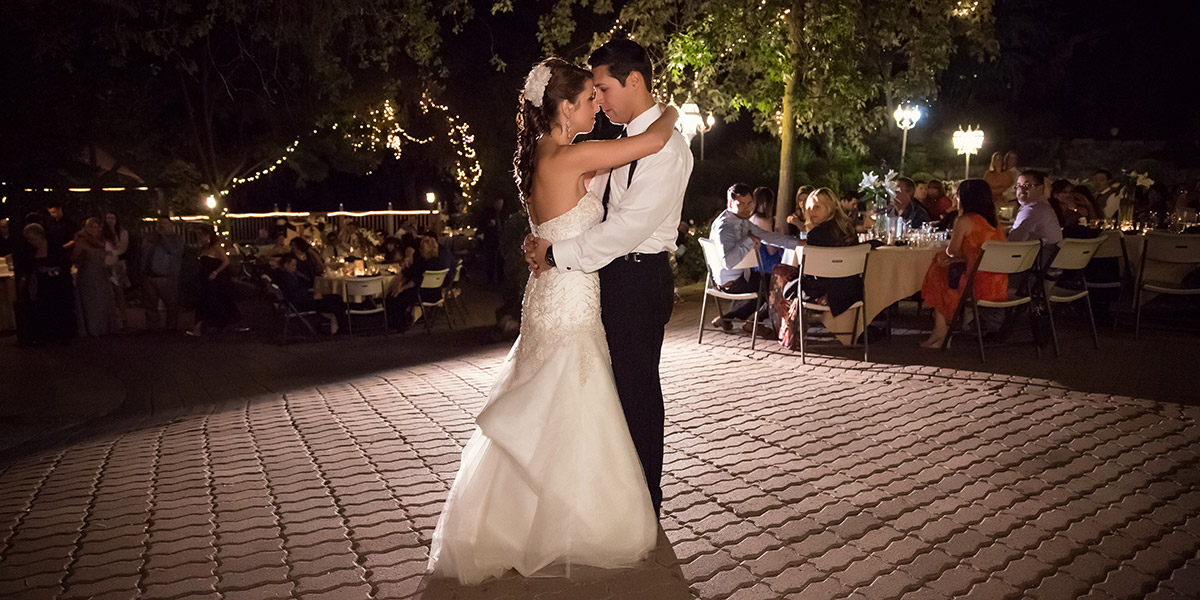 White Horse Inn River Terrace Weddings  Get Prices for Central Valley Wedding Venues in Three