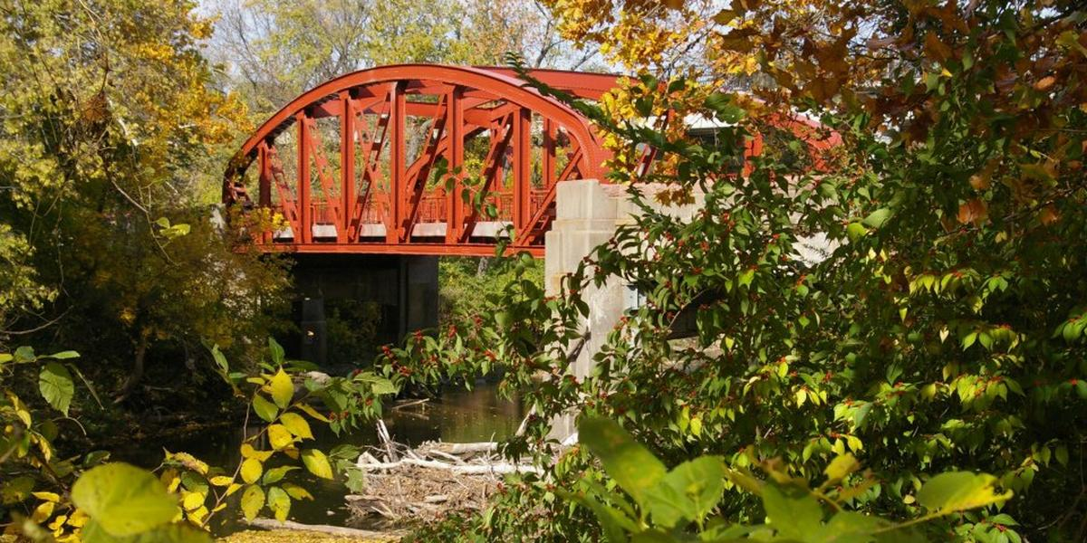 Old Red Bridge In Minor Park Weddings Get Prices For Wedding Venues