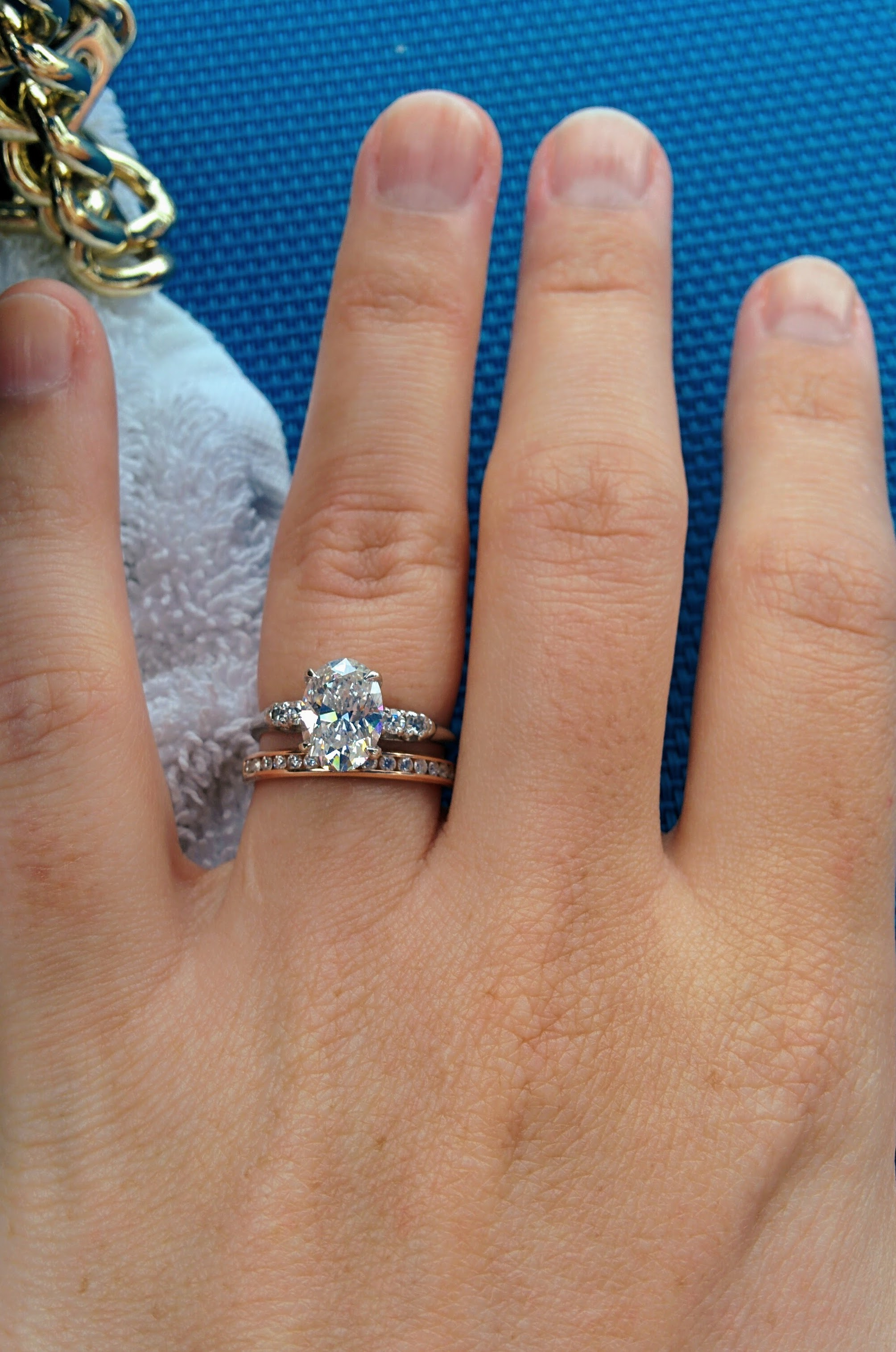 Different color metal for engagement ring versus wedding band