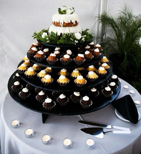 Nothing Bundt Cake As A Wedding Cake