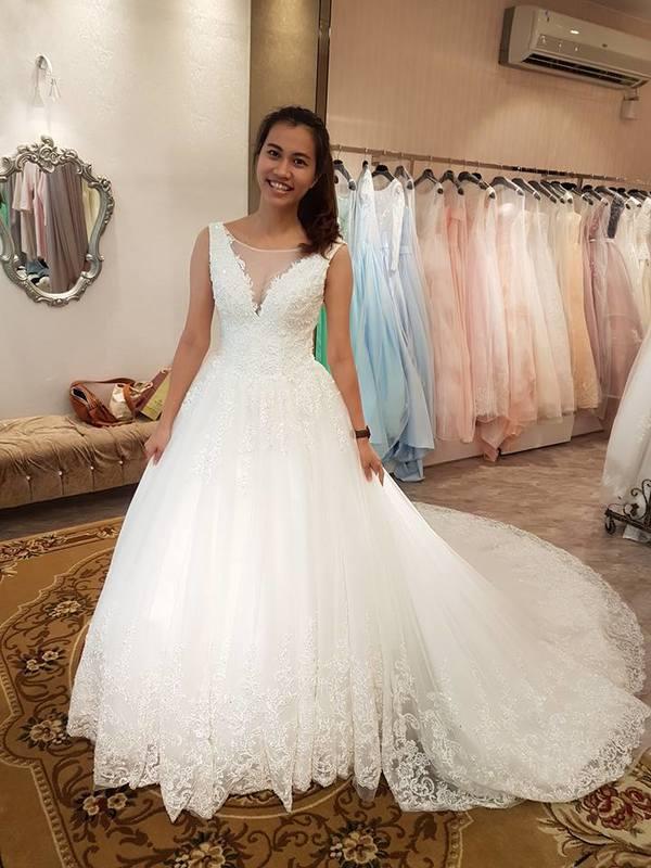 就是它能完成你夢想中公主的樣貌~~大推秉樺婚禮 B.H WEDDING