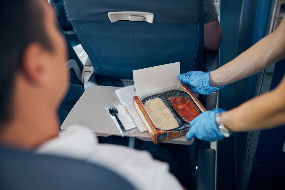 6 Bacteria-Contaminated Airplane Foods You Should Avoid No Matter What 4