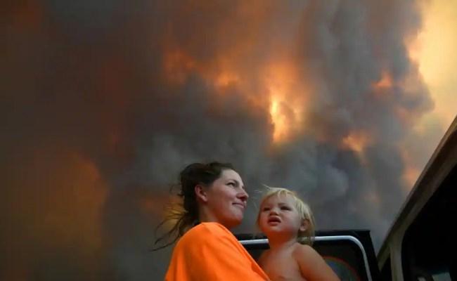 Deadly Australian Bushfires Haze Sydney World News