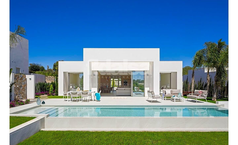 Casa Rstica en venta en San Miguel de Salinas de 200 m2