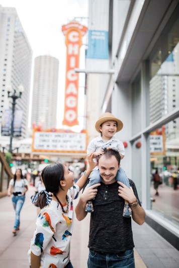 Downtown Chicago Lifestyle Family Photographer