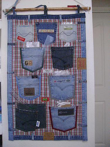 Wonderful DIY Hanging Jeans Pocket Organizer