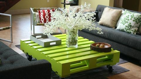 diy pallet living room furniture model design 50 wonderful ideas and tutorials view in gallery green coffee table wonderfuldiy
