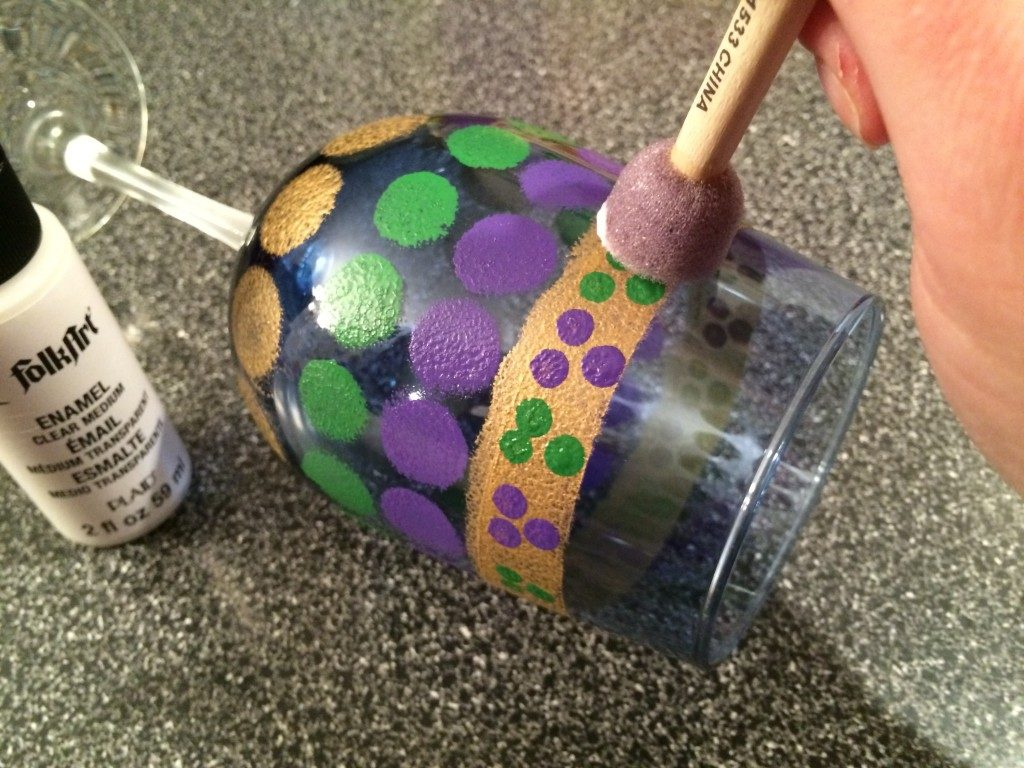 11 Easy DIY Projects To Help You Celebrate Mardi Gras