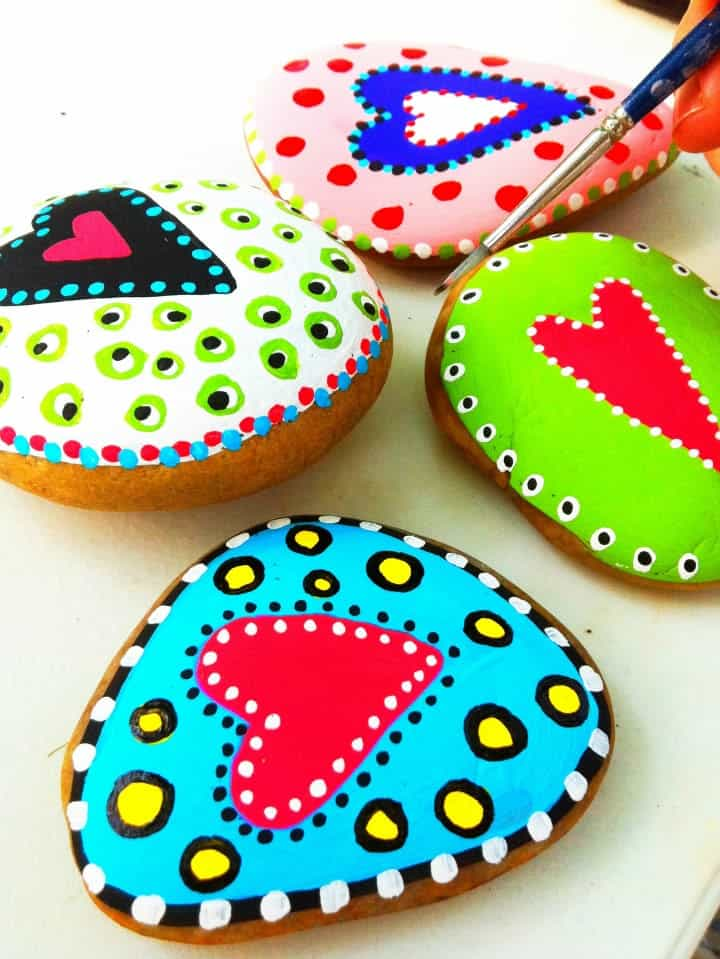 15 Beautiful Rock Painting Ideas
