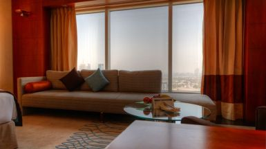 jumeirah_emirates_towers_hotel_review_worldtravlr_net-2