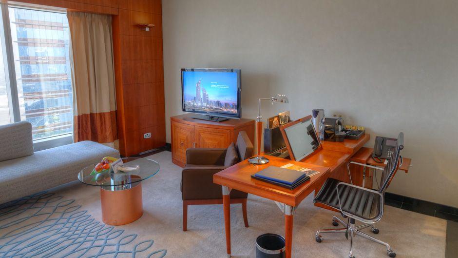 jumeirah_emirates_towers_hotel_review_worldtravlr_net-7