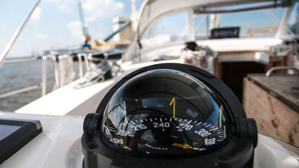 thinius_yachtcharter_ijsselmeer_lemer_ausflug_worldtravlr_net-4