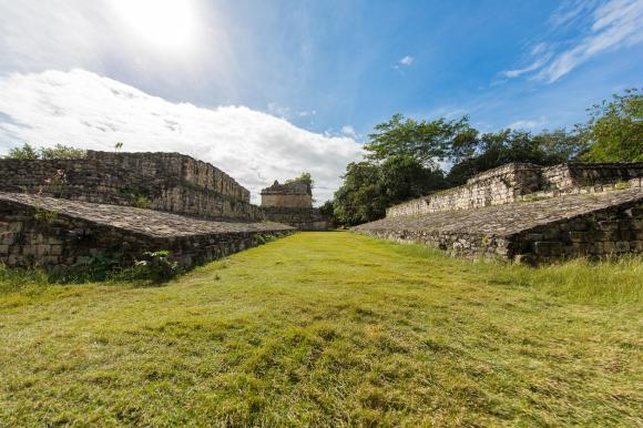 alltournative_ek_balam_cenote_maya_worldtravlr_net_web-7366