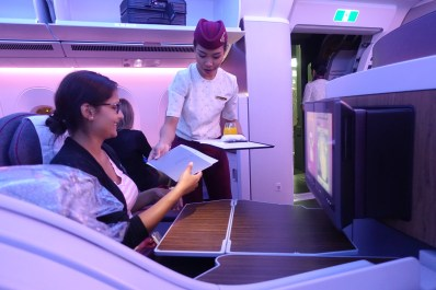 qatar_airways_a350_business_class_test_worldtravlr_net-9